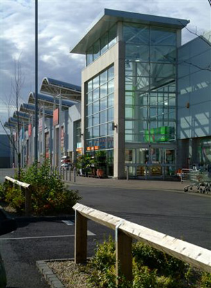 Drogheda Retail and leisure park frontage